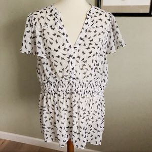 TORRID •'black and white butterfly blouse size 2